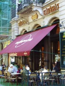 Ett av Budapest bästa och finaste caféer!