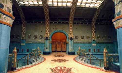 När man som turist besöker Budapest under några fåtal dagar har man inte tid att prova på det rika utbud av turistattraktioner som tex Budpest spa och termalbad utgör. Budapest […]